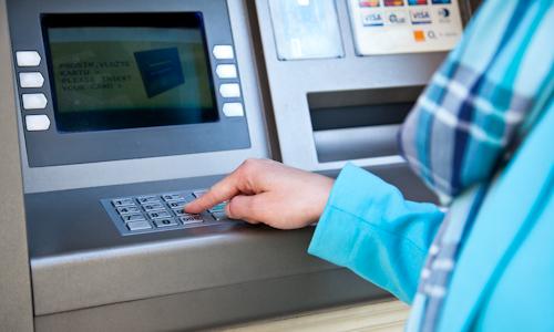 Bankomat vtiahne peniaze - Culinaria