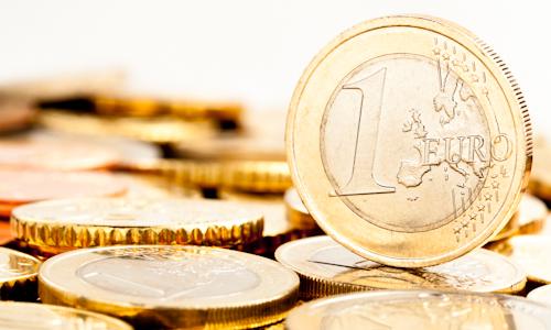 Miera úspor domácností v eurozóne klesla  76b0b47f4e8